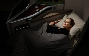 01 EVA Air Royal Laurel Class