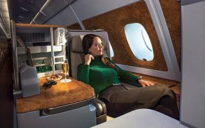 04 Emirates Business Class