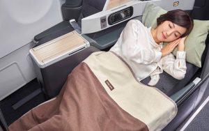 05 EVA Air Premium Laurel Class